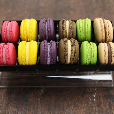 12 macarons in a gift box