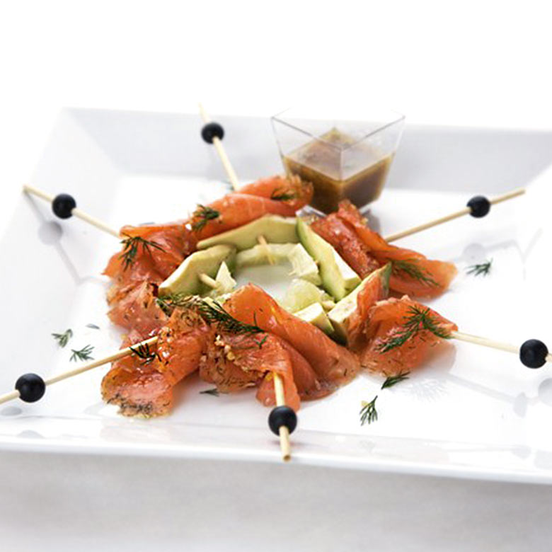 Salmon gravlax & avocado