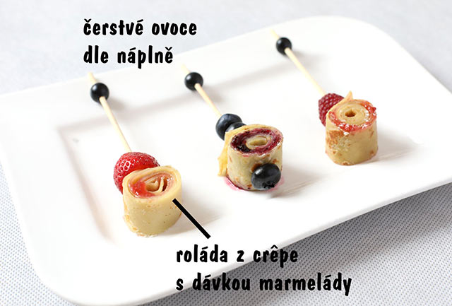 Crêpe roll - strawberry